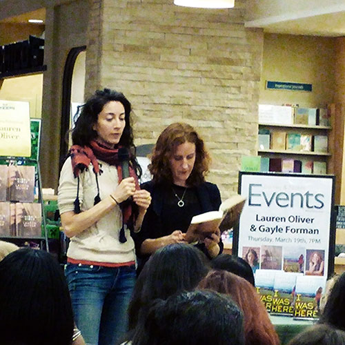 I got to meet Lauren Oliver and Gayle Forman at Barnes & Noble in March.
